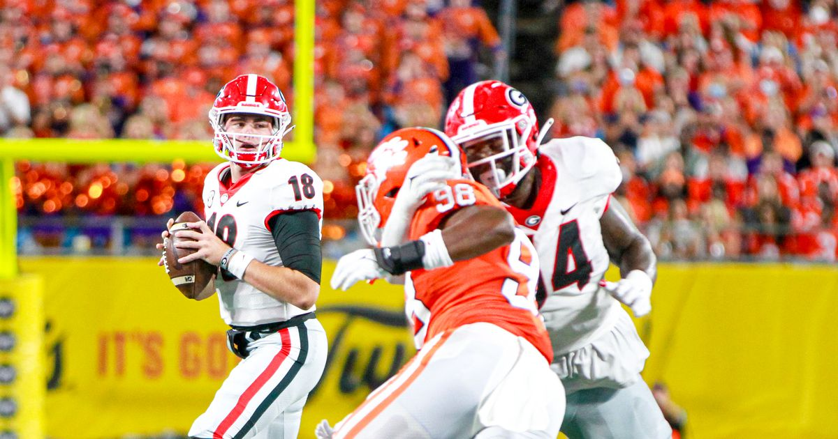 Kirby Smart reveals what determines if JT Daniels starts against South Carolina
